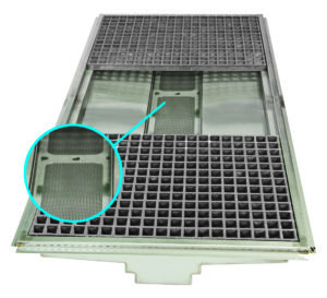 With high capacity strainer tray