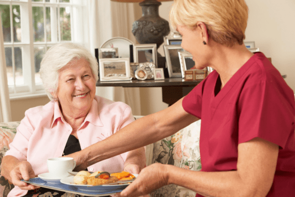 A Step-by-Step Look at Senior Care In-Room Meal Delivery